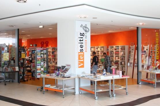 Vielseitig - Bücher im Ö-Center